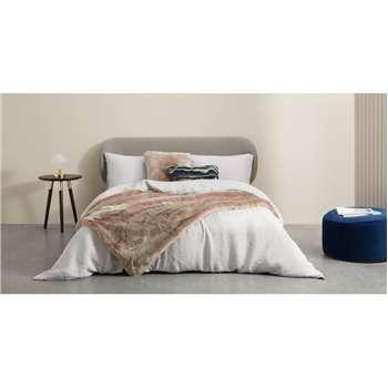 Adelphi Faux fur cushion, Pink (H50 x W50cm)