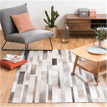 ARTY leather rug (160 x 230)