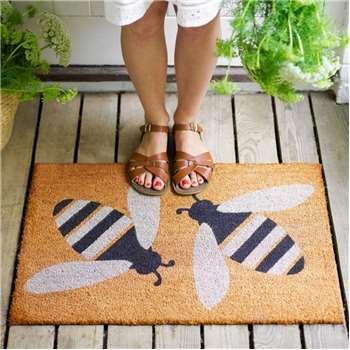 Bee Doormat (H50 x W75 x D1.5cm)