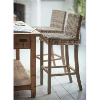 Bembridge Bar Stool in Rattan/Teak (104 x 46cm)