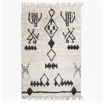 Black And White Aztec Patterned Rug (H120 x W180cm)