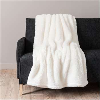 CÂLIN Faux fur blanket in ecru (150 x 200cm)