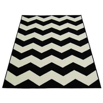 Chevron Rug - Black and White (160 x 230cm)