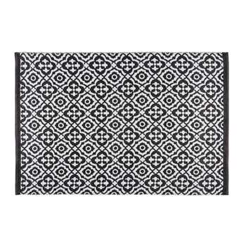 COROLIA black and white patterned outdoor rug (140 x 200 cm)