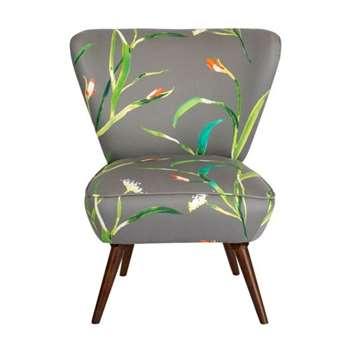 Daphne Chair – Saona Kiwi (H84 x W72 x D80cm)
