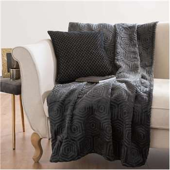 DOUXEAST SIDE Patterned Anthracite Grey Fabric Throw (150 x 200cm)