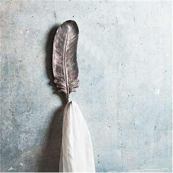 Feather Golden Hook (H20.5 x W6.5 x D3cm)