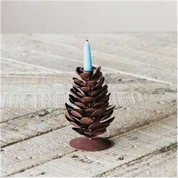 Fir Cone Candlestick (H11 x W8 x D8cm)