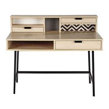 GRAPHIK Desk (99 x 120cm)
