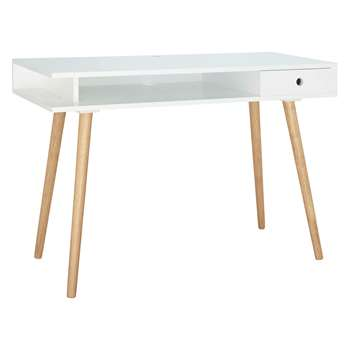 Habitat Cato Large Matt White Desk With Solid Wood Legs (H77 x W110 x D45cm)
