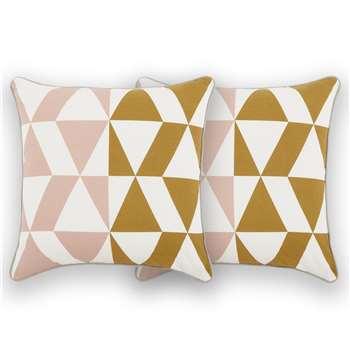 Harlev Set of 2 Cotton Cushions, Plaster Pink (H45 x W45cm)