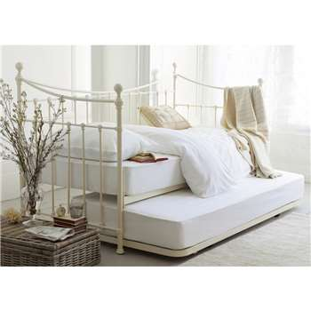 Hastings Ivory Day Bed 119 x 200cm