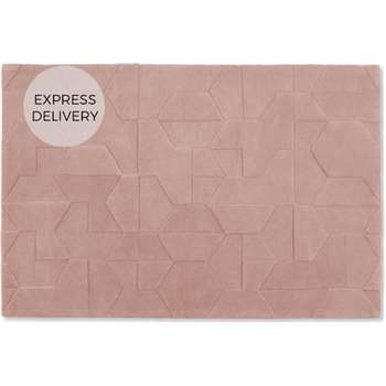 Hayden Geometric Carved Wool Large Rug, Soft Pink (H160 x W230 x D1.7cm)