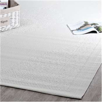IBIZA polypropylene outdoor rug in white (180 x 270cm)