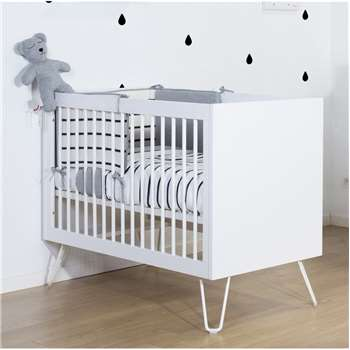 Ironwood Baby Cot in White (95 x 125cm)