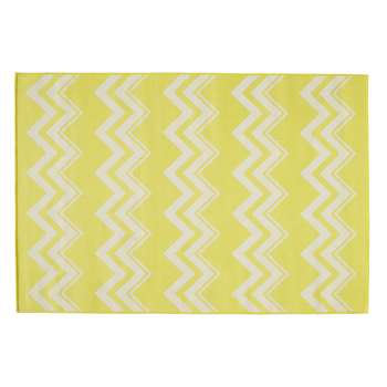 LATAIA polypropylene outdoor rug in yellow (160 x 230cm)