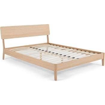 MADE Essentials Noka King Size Bed, Oak (H90 x W168 x D213cm)