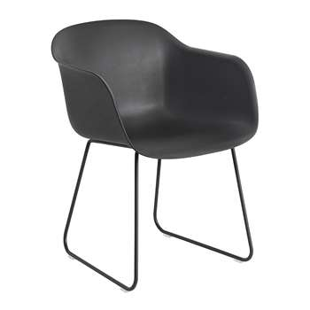 Muuto - Fiber Armchair - Sled Base - Black (76.5 x 54.5cm)