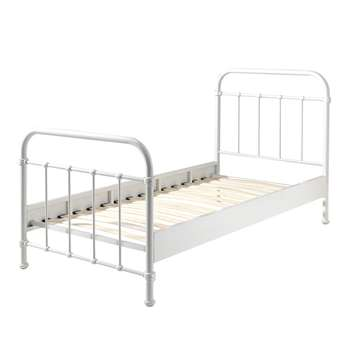 New York Metal Kids Bed in White (H110 X W98 X D210cm)