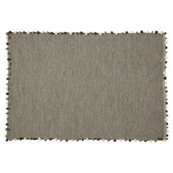POMPON cotton rug in grey (120 x 180cm)