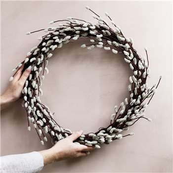 Pussy Willow Wreath (H43 x W43 x D10cm)