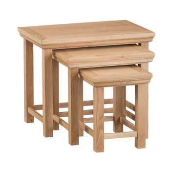 Siena Oak Nest of Three Tables (H50 x W60 x D38cm)