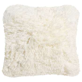 VALTHORENS faux fur cushion in ecru (45 x 45cm)