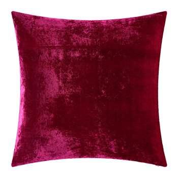 William Yeoward - Paddy Velvet Cushion - Fuchsia (H50 x W50cm)