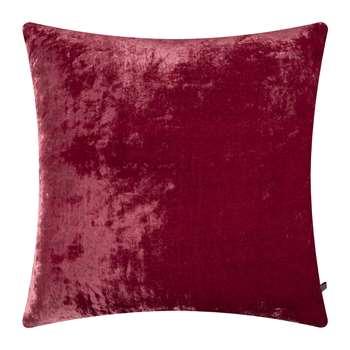 William Yeoward - Paddy Velvet Cushion - Raspberry (H50 x W50cm)