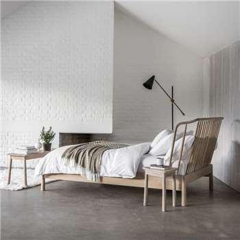 Wimborne Oak King Size Bed (H105 x W161.5 x D242.5cm)